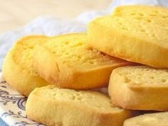 These traditional biscuits have a long history. My Recipes, Bread Recipes, Sweet Recipes, Favorite Recipes, Cake Cookies, Cupcake Cakes, Yummy Drinks, Yummy Food, Shortbread Biscuits
