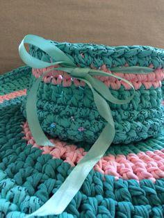 Crochet basket  15€