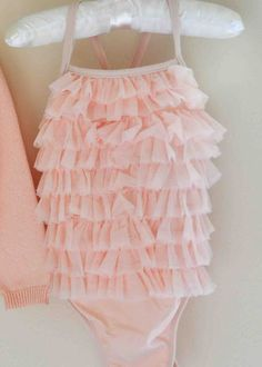 @Samantha @This Home Sweet Home Blog Mounce this would be adorable for a baby girl's first swim time!