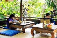wayan-cafe-ubud-bali