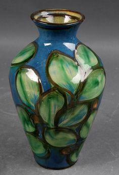 Herman A. Kähler. Vaser af lertøj (3) | Lauritz.com