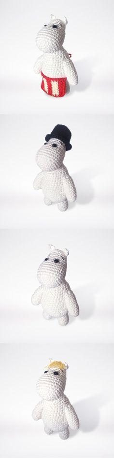 Crocheted Moomin family pattern