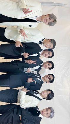 Hoseok, Seokjin, Namjoon, Taehyung, Bts Facts, Bts Book, Bts Chibi, Bts Group, Bts Members
