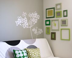 Tutorial on Spray Painting old picture frames- my next project for the house