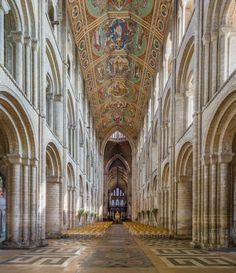 The Pillars of the Earth - Inside England's Medieval Cathedrals – 5-Minute History