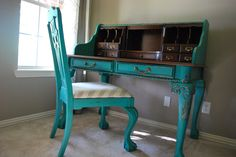 Craigslist secretary desk makeover in Annie Sloan Chalk Paint Florence Diy Furniture Projects, Repurposed Furniture, Furniture Making, Painted Furniture, Desk Makeover, Furniture Makeover, Annie Sloan, Bookshelf Desk, Decoupage