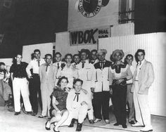 Country Singers, Country Music, Jimmie Rodgers, Scotty Moore, Jim Reeves, Louisiana History, Sun Records, Young Elvis, Elvis Presley Photos