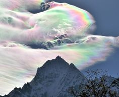 Behold The Marvel Of Nature That Is A Cloudbow - Meteorology, Earth and Environmental Science