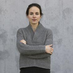 Sweater med sjalskrave fra bogen: Tøj & Tilbehør i tunesisk hækling / Garn fra Hjertegarn // tunesian crochet sweater