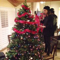 Vic Fuentes ( the fact that he has to get on a chair!XD)