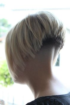 8 Wonderful ideas: Messy Hairstyles Black women hairstyles with bangs.Natural Braided Hairstyles brunette hairstyles with bangs. 2015 Hairstyles, Undercut Hairstyles, Short Hairstyles For Women, Braided Hairstyles, Wedge Hairstyles, Everyday Hairstyles, Headband Hairstyles, Nape Undercut, Ladies Hairstyles