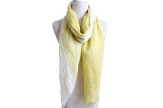 Item: 16SS0034  Description: Fashion two tone color Scarf 16SS0034  Size: 70*180+1*2 CM 100G  Composition: 100% Linen  Application: WOMEN  Moq: 800 Pcs  Lead time: 60 days  Country of Origin: China  Main Market: America, Europe, Australia, Japan  Specification: Very soft hand feel