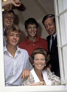 ANP Historisch Archief Community - Beatrix Familie Koninginnedag