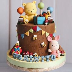 Adorable Winnie the Pooh and Piglet Birthday Cake made by Duchess Cakes and Bakes Best Picture For Birthday Cake for him For Your Taste You are looking for something, and it is going to tell you exact Winnie Pooh Torte, Winnie The Pooh Birthday, Bolo Fondant, Fondant Cakes Kids, Baby Birthday Cakes, Cake Baby, Birthday Presents, Cake For Baby Girl, Birthday Cake For Kids