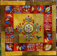 Annapolis Quilt Guild, 2013 raffle quilt, gosh, would love to buy a raffle ticket for it, a Sue Spargo design