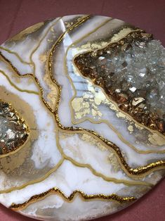 Art White Gold Geode Artwork Crystal Island 30 x Epoxy Resin Table, Epoxy Resin Art, Diy Resin Art, Diy Resin Crafts, Etsy Crafts, Resin Wall Art, Resin Artwork, Acrylic Pouring Art, Acrylic Art