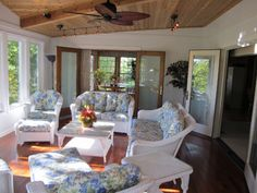 A drab deck turns into a fabulous sunroom in Olathe Kansas | Archadeck Outdoor Living
