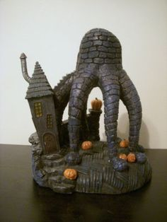 (13) Octopus House from Nightmare Before Christmas Hawthorne Village 14-37414-013    with Creature Under the Stairs