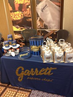 It is certainly no secret that Garrett Popcorn are huge fans of Chicago sports, so to work with one of the Bears' prominent stars in his mission to raise money for terrific causes is a humbling honor. Description from blog.garrettpopcorn.com. I searched for this on bing.com/images