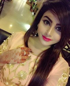 Koe bhe larki itna make up kary ge to beautiful he dikhay gee...