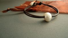Single pearl leather bracelet by iseadesigns on Etsy