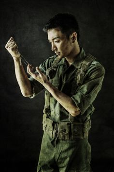 """Leeteuk pose for """" The Promise """" musical"""