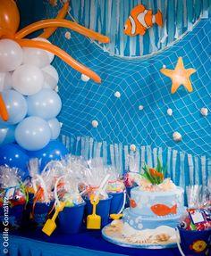 under the sea birthday, gift bags in beach buckets 3 Year Old Birthday Party Boy, Birthday Themes For Boys, 4th Birthday Parties, 1st Boy Birthday, Birthday Ideas, Ocean Party, Shark Party, Aries Birthday, Bubble Guppies Birthday