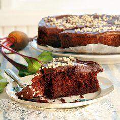 Suussa sulava Punajuuri-suklaakakku