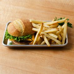 "Eighth Size 18 Gauge Aluminum Bun Pan / Sheet Pan - Wire in Rim, 6"" x 10"""
