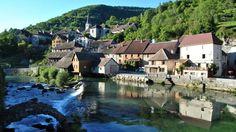 Le village de Lods, en Franche-Comté.