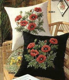 çiçekli harika kanaviçe işlemeli kırlentler