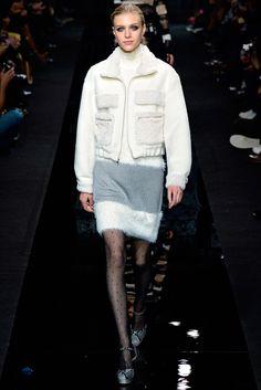 Diane von Furstenberg - Fall 2015 Ready-to-Wear - Look 11 of 38