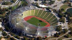 Estadio Olímpico de Múnich (en alemán: Olympiastadion München) es un estadio olímpico ubicado en la ciudad de Múnich, capital del estado de Baviera al sur de Alemania. En el Estadio Olímpico disputaban sus partidos como local el Bayern Múnich y el TSV Múnich 1860. Capacidad 69.250 espectadores.