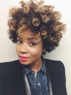 Occasionally I get bored with my style and want to achieve a different type of curl. Enter stage left, the Bantu Knot Out, a style I've been