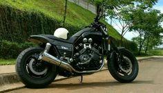 Vmax 1200 Biker Love, Biker Girl, Bmw Scrambler, Vmax Yamaha, V Max, Cafe Racer, Street Bikes, Cool Bikes, Ducati