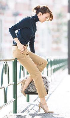スカートのほうが感じが良いといわれることが多くても、やっぱり毎日の通勤ファッションはパンツスタイルのほうが楽チン。知的でテキる、でもおしゃれも忘れない鉄板のパンツスタイルをご紹介。もう通勤ファッションで悩まない!
