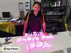 LED NEON OR NEON FLEX Shop Signage, Candle Craft, Led Neon Signs, Shop Fronts, Diy Signs, Ds, Banner, Design, Stall Signs