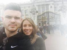 Being top tourists #London #buckinghampalace #thebigsmoke by bowny10