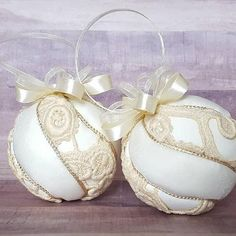 Tips & Tricks: Keepsake Ornaments from a Wedding Dress Tips & Tricks: Keepsake Ornaments from a Wedding Dress<br> Quilted Ornaments, Fabric Ornaments, Diy Christmas Ornaments, How To Make Ornaments, Ball Ornaments, Christmas Fun, Wedding Dress Quilt, Old Wedding Dresses, Wedding Dress Crafts