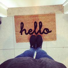 Warm welkom, met zo'n deurmat van HEMA! Bij Bo ligt er al een voor deur, bij jou ook?