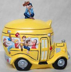 Vintage School Bus Cookie Jar made in USA by California Originals Antique Cookie Jars, Glass Cookie Jars, Candy Dispenser, Vintage Jars, Biscuits, Vintage Cookies, Cookie Crumbs, Vintage School, Cute Cookies