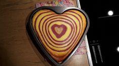 Zebra-Himbeer-Käsekuchen, ein schönes Rezept aus der Kategorie Kuchen. Bewertungen: 144. Durchschnitt: Ø 4,4.