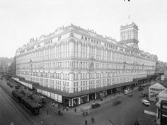 Former Anthony Hordern Sons department store, George Street Sydney, NSW, Australia. You could buy anything in this store Underground Pool, The 'burbs, Liverpool Street, Famous Landmarks, World Trade Center, Trade Centre, Historical Images, History Photos, Sydney Australia