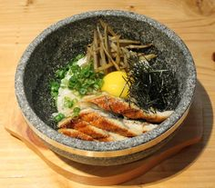 8 All-New Japanese Mouthgasms You Should Eat On Montreal's Saint-Catherine Street | MTL Blog