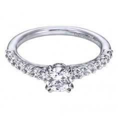 Has a cathedral style engagement ring ever looked this good? From Wedding Day Diamonds!