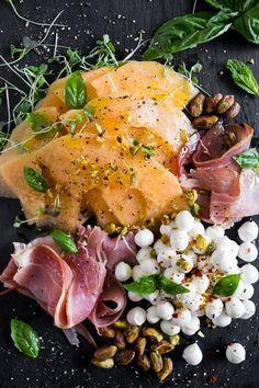 Juisy | Cantaloupe and Prosciutto