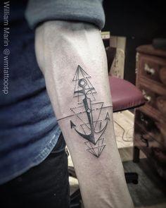Âncora do Renan. Segunda Tattoo em menos de uma semana. Obrigado pela confiança mais uma vez. •TATTOO YOU• traga a sua ideia. Orçamentos sempre pessoalmente. Qualquer dúvida ligar 3071-1393. #tattooancora #geometry #geometrytattoo