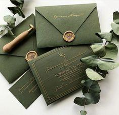 Engraved wedding invitation are simply gorgeous and impressive Green Wedding Invitations, Bridal Shower Invitations, Wedding Stationery, Invitation Card Design, Invitation Cards, Invite, Wedding Goals, Dream Wedding, Wedding Planning