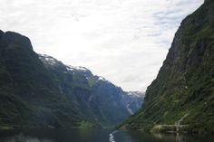 Fotografía: Amparo Vinuesa- Fiordo Sogne Bergen, Oslo, Tour, River, Mountains, Nature, Outdoor, Scandinavian, Stockholm