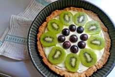 The way the cookie crumbles.: Fruit tart in Italy :D